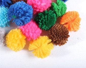 Pom Poms Pack of 100 Pieces Cotton Handmade Thailand Fair Trade (ACC203-MU)