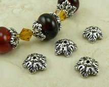 4 TierraCast 10mm Oak Leaf Bead Caps > Leaves Fall Autumn Tree Spring - Fine Silver plated Lead Free Pewter - I ship Internationally 5579