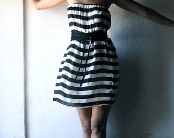 Striped dress, Strapless dress, Party dress, Punk dress, Belted dress, Black and white dress, Petite dress, Chiffon dress, Mini dress, sexy