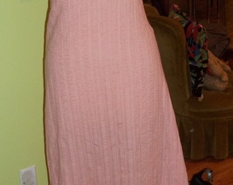 Breath-taking ROMANTIC Vintage Maxi Dress - What a Fashionista Dreams are Made of