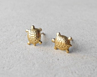 Turtle Earrings, Tiny Stud Earrings, Turtle Jewelry, Pet Animal Jewelry, Brass Earrings, Gift Idea, Sterling Silver Hypoallergenic (E090)