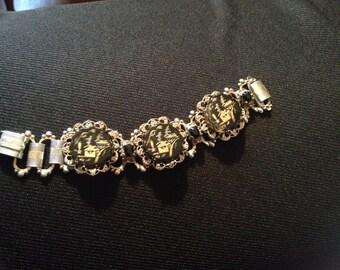 Vintage Black Lucite Oriental Design Bracelet Black & Gold
