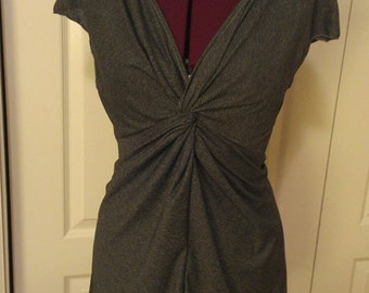 Twisted Cap Sleeve Top in Asphalt Size L