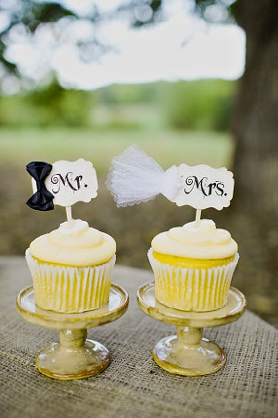 Mr And Mrs Bride And Groom Wedding Cupcake Toppers Picks