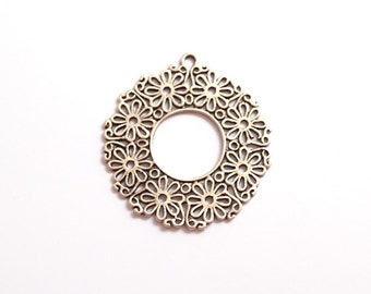 1pc- Matte Silver plated Flower Frame Pendant-55x50mm-(405-019SP)