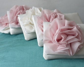 Bridesmaids gifts clutch purses in your wedding color scheme