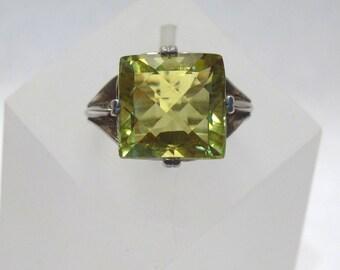 10.90 ct. Prasiolite Leek Green Yellow Gemstone Ring ~ Sterling Silver Prong Setting - Size 7 - R222