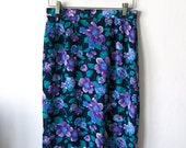 Pretty High Waisted Floral Pencil Skirt