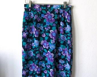 Pretty High Waisted Floral Pencil Skirt
