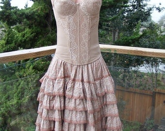 Corset dress lace & latte' ruffles size s / m 36 b