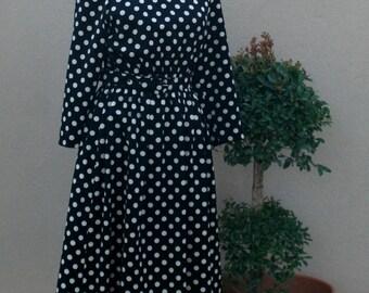 Vintage Black Day Dress  // Black and White Polkadot Dress // 1970s Day Dress // Classic Style - Traditional - Polka Dot Dress - 36 Bust