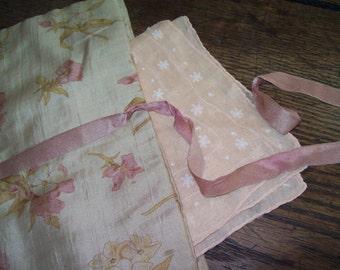 Victorian Handkerchief Holder