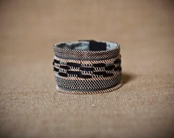 Nicoletta - Handwoven cuff bracelet with copper