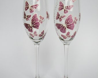 Hand painted Wedding Toasting Flutes Set of 2 Personalized Champagne glasses White and purple Butterflies love flight