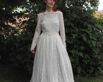 Vintage Wedding Dress Lace Gown Ivory Vintage 40s 50s 1940s 1950s XS S