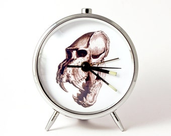 Alarm clock skull skeleton tongue mechanical alarm clock handmade