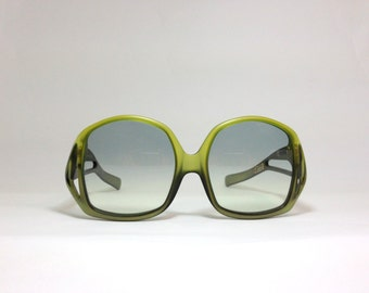 Vintage Dior sunglasses. Christian Dior sunnies. Green deadstock eyewear