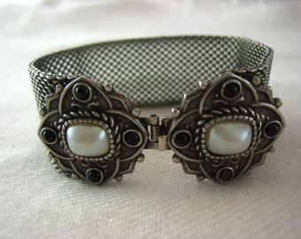Vintage Silver Tone Metal Decorative Medallion Faux Pearl Black Bead Embossed Layered Front Wrist Clasp Bracelet  .....3775