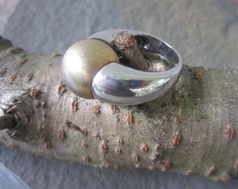 Sterling Silver Ring. Modernist Ball Ring