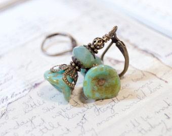Fern Green Flower Earrings, Vintage Style Earrings