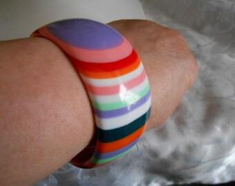 Vintage bracelet, multicolor hiphop cuff bracelet, 8 inch bracelet, plastic bracelet, funky fun bracelet, vintage jewelry