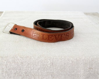 1980s Levi's leather belt