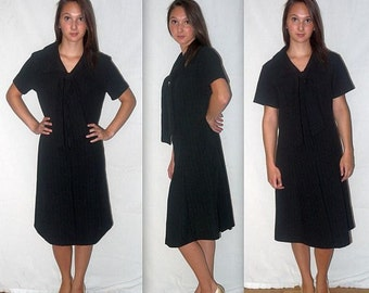 Dee Dee .... vintage 60s 70s black day dress / pussy bow ascot / 1970s stewardess waitress / secretary 1960s mad men / A line midi ... L XL