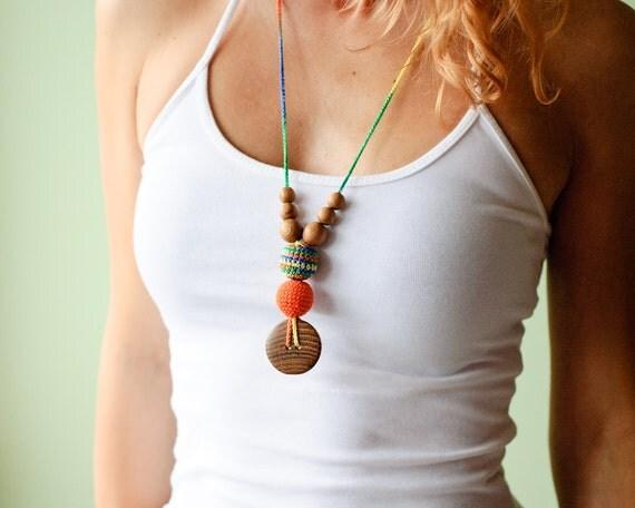The Best Babywearing Necklace - orange and green mix - oak wood