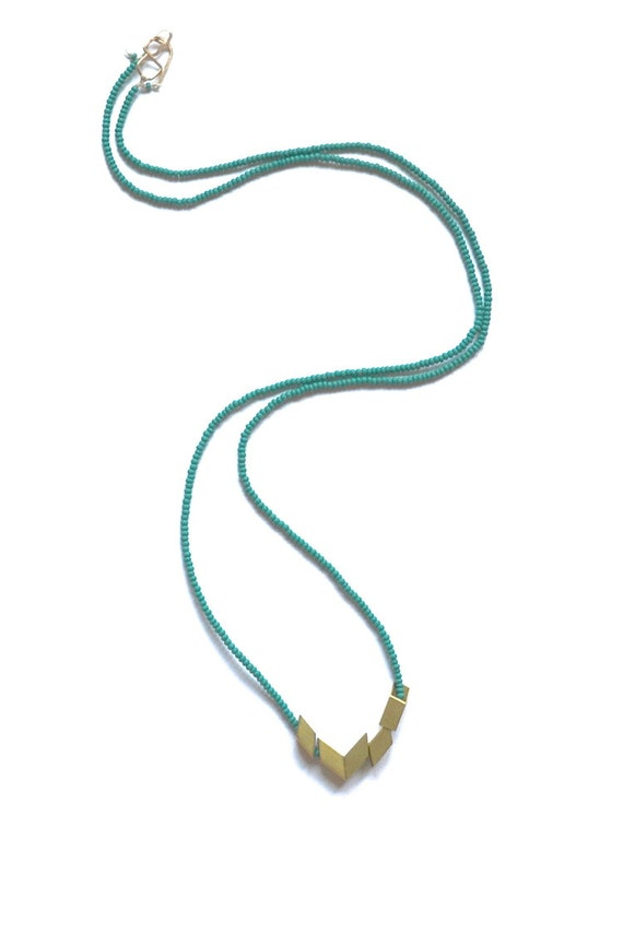 The Helsinki Series in Emerald- Modern Geometric Necklace
