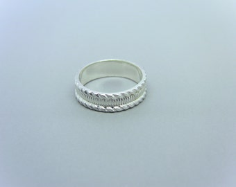 Patterned Sterling Silver Ring