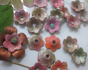 20 Shabby Chic Painted Metal Flowers