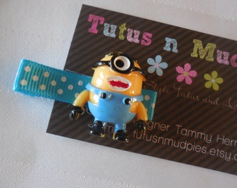 One Eyed Minion Hair clips
