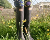 SLUGS Fleece Rain Boot Liners Black with a Floral Cuff Fall Winter Rainy Day Fashion, Boot Cuffs, Welly Warmers( Sm/Med 6-8 Boot)
