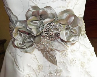 Wedding Sash Belt Silver Gray / Silver Bridal Belt Sash / Flower Crystal Wedding Belt /  Flower Belt / OOAK Couture