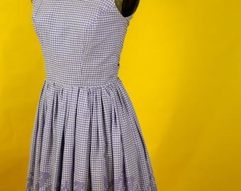 1950s Gingham Embroidered Sundress