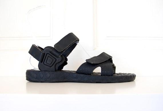 90s Men S Sporty Black Velcro Strap Sandals By