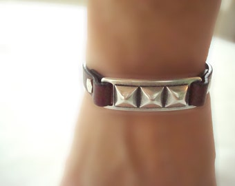 Women's Tan Studded Bar Leather Bracelet: Genuine Leather, Silver-Plated Pewter