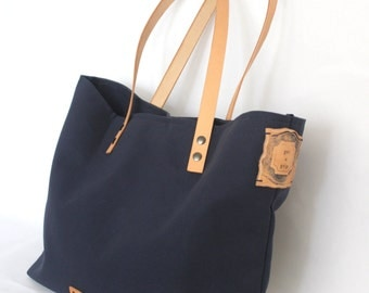 VINTAGE tote... Navy... PERSONALIZED label