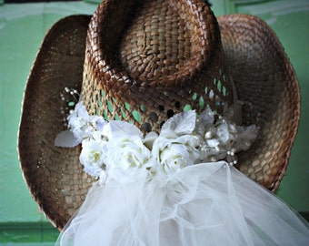 Western-cowgirl-wedding-hat-ivory-white-veil-rustic-bride-country-boots-cake topper-bachelorette-cowgirl hat-with veil-western wedding
