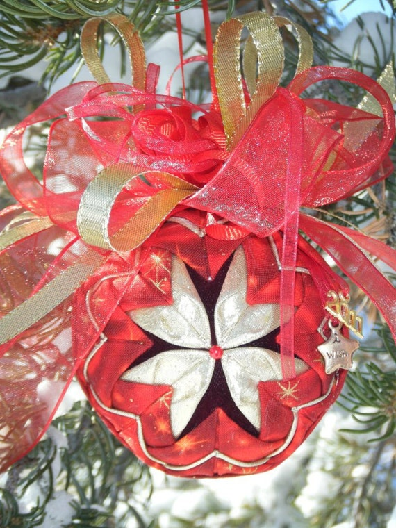EASY No-Sew Folded Quilted Flower Christmas Ornament PDF