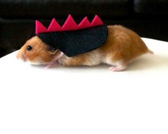 Hamster dinosaur. Pet Halloween costumes by la Marmota Café.