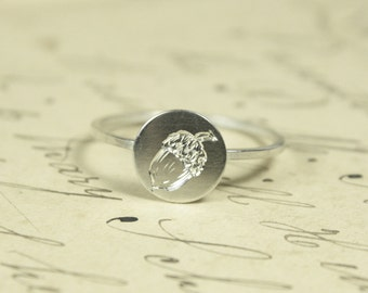 Language of Flowers - Acorn Strength Engraved Sterling Silver Ring