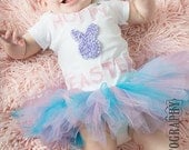Easter Bodysuit, Easter Outfit, Tutu and Bodysuit Set, Girls Easter Bodysuit, Easter Tutu, Hoppy Easter, Happy Easter, Baby Tutu Set