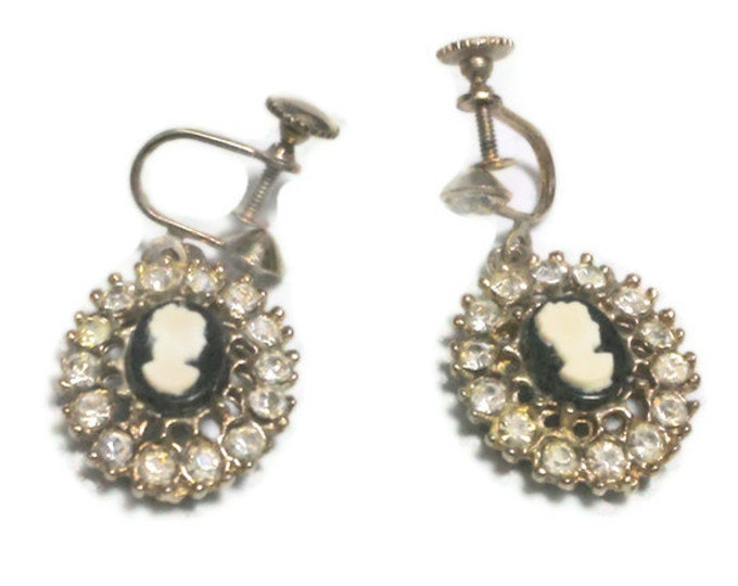 FREE SHIPPING 1940s Cameo earrings! 1940s 1950s cameo rhinestone screw back dangle earrings with black background, gold tone