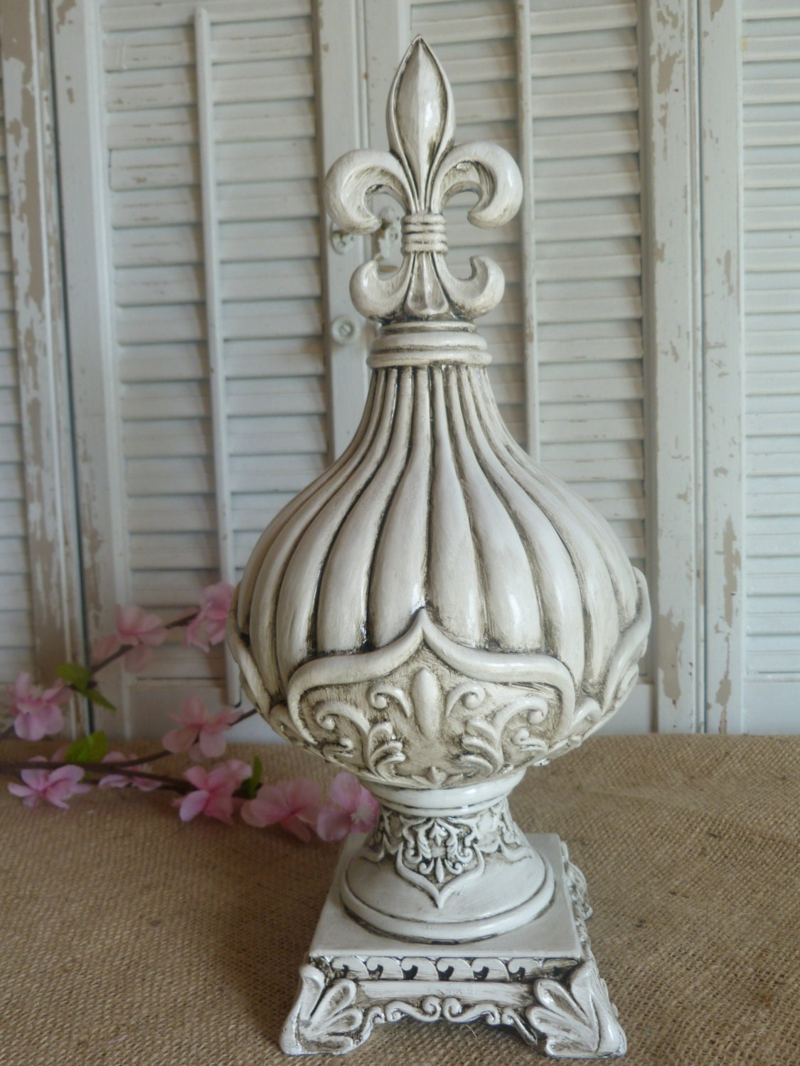 Cottage Chic White Fleur De Lis Finial French Decor Parisian