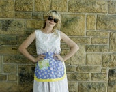Retro Style Half Apron// Blue and Yellow Daisies// housewarming gift// hostess gift