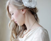 Vintage Brooch Ivory Flower Bridal Hairpiece, Bridal Flower Hairclip - Something Old