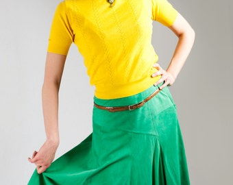 Tailored suede green skirt