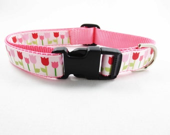 Medium Tulips Dog Collar