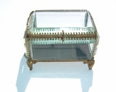 1880s French Victorian Period 19th Century Bronze Ormolu Gilt Crystal Beveled Glass Jewelry Casket Trinket Box